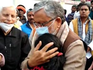 Sushil Modi with Rupesh Singh Daughter Aaradhya-BiharAaptak