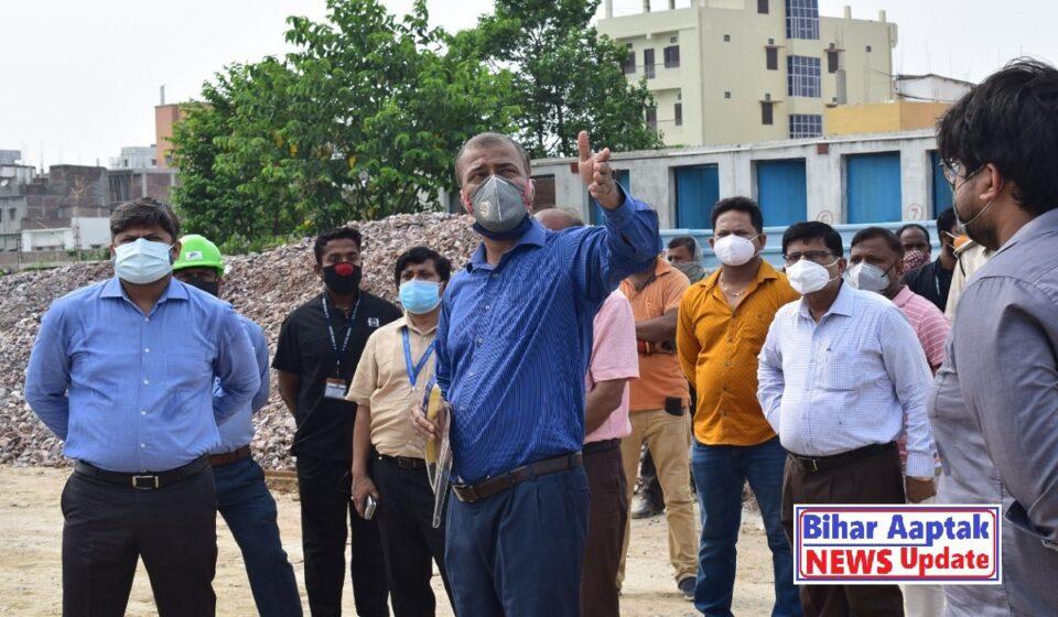 Anand Kishore at Patliputra Bus Terminal-Bihar Aaptak