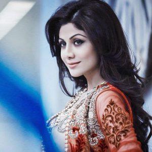 Shilpa Shetty (16) shilpa shetty Age, instagram, Husband, Height, wikipedia, image,Twitter, Yoga, Family, smile, hot