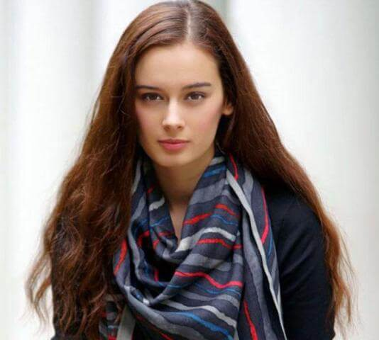 Evelyn Sharma Instagram, Age, Wiki, Biography, Images, Evelyn Sharma Photos,evelyn Sharma Bikini, Evelyn Sharma Hd Pics, Twitter, Facebook, Date Of Birth, Height, Imdb, Youtube, Net Worth, Website (34)