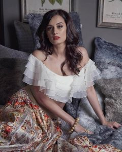 Evelyn Sharma Instagram, Age, Wiki, Biography, Images, Evelyn Sharma Photos,evelyn Sharma Bikini, Evelyn Sharma Hd Pics, Twitter, Facebook, Date Of Birth, Height, Imdb, Youtube, Net Worth, Website (39)