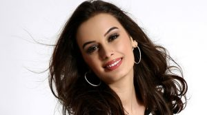 Evelyn Sharma Instagram, Age, Wiki, Biography, Images, Evelyn Sharma Photos,evelyn Sharma Bikini, Evelyn Sharma Hd Pics, Twitter, Facebook, Date Of Birth, Height, Imdb, Youtube, Net Worth, Website (46)