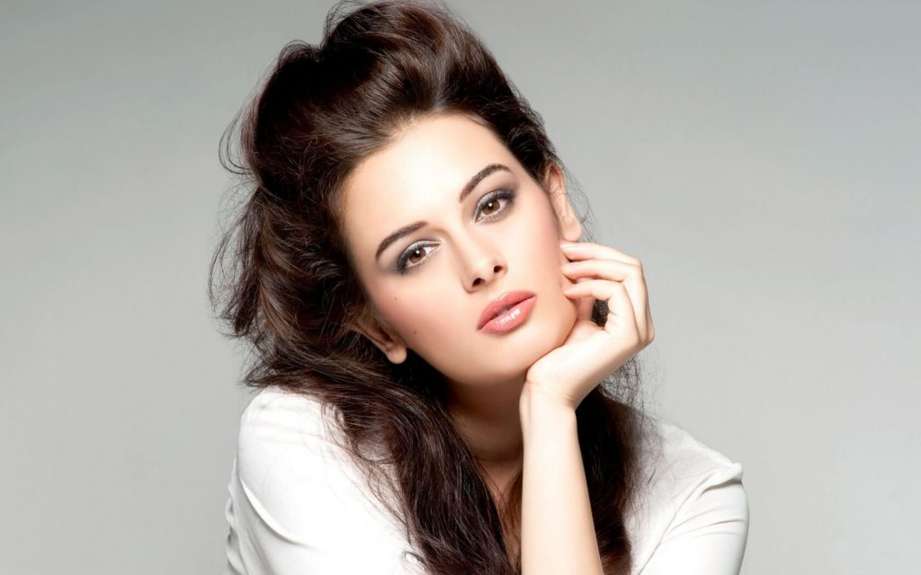 Evelyn Sharma Instagram, Age, Wiki, Biography, Images, Evelyn Sharma Photos,evelyn Sharma Bikini, Evelyn Sharma Hd Pics, Twitter, Facebook, Date Of Birth, Height, Imdb, Youtube, Net Worth, Website (53)