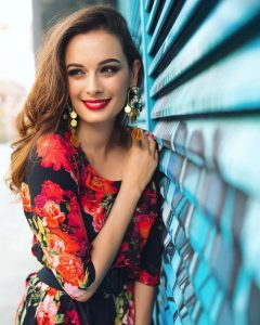 Evelyn Sharma Instagram, Age, Wiki, Biography, Images, Evelyn Sharma Photos,evelyn Sharma Bikini, Evelyn Sharma Hd Pics, Twitter, Facebook, Date Of Birth, Height, Imdb, Youtube, Net Worth, Website (75)