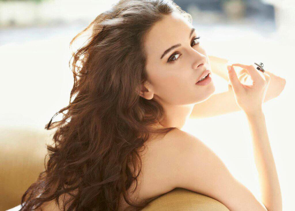 Evelyn Sharma Instagram, Age, Wiki, Biography, Images, Evelyn Sharma Photos,evelyn Sharma Bikini, Evelyn Sharma Hd Pics, Twitter, Facebook, Date Of Birth, Height, Imdb, Youtube, Net Worth, Website (89)