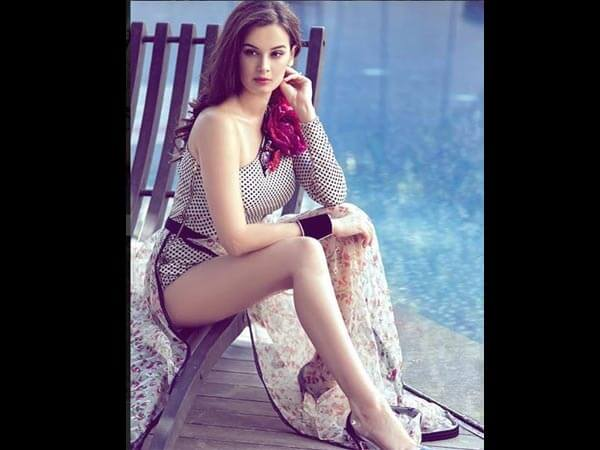 Evelyn Sharma Instagram, Age, Wiki, Biography, Images, Evelyn Sharma Photos,evelyn Sharma Bikini, Evelyn Sharma Hd Pics, Twitter, Facebook, Date Of Birth, Height, Imdb, Youtube, Net Worth, Website (9)