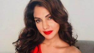 Rhea Chakraborty Age, Instagram, Biography, Wiki, Hot Images, Bikini Photos, Kiss, Facebook, Twitter, Imdb, Husband, Height, (1)