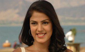 Rhea Chakraborty Age, Instagram, Biography, Wiki, Hot Images, Bikini Photos, Kiss, Facebook, Twitter, Imdb, Husband, Height, (22)