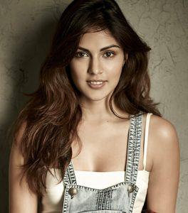 Rhea Chakraborty Age, Instagram, Biography, Wiki, Hot Images, Bikini Photos, Kiss, Facebook, Twitter, Imdb, Husband, Height, (25)