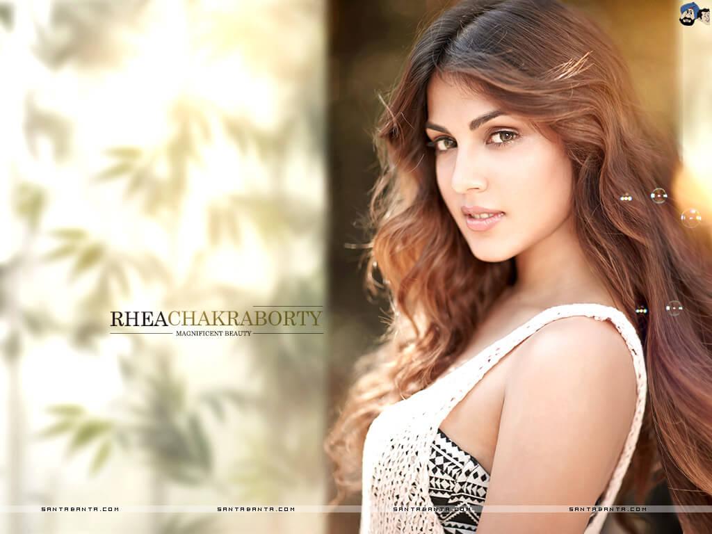 Rhea Chakraborty Age, Instagram, Biography, Wiki, Hot Images, Bikini Photos, Kiss, Facebook, Twitter, Imdb, Husband, Height, (34)
