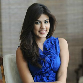 Rhea Chakraborty Age, Instagram, Biography, Wiki, Hot Images, Bikini Photos, Kiss, Facebook, Twitter, Imdb, Husband, Height, (4)
