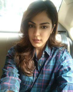 Rhea Chakraborty Age, Instagram, Biography, Wiki, Hot Images, Bikini Photos, Kiss, Facebook, Twitter, Imdb, Husband, Height, (45)