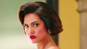 Esha Gupta Images(photos), Age, Height, Net Worth, Date Of Birth, Family, Biography, Son, Marriage, Boyfriend, Education, Awards, Hairstyle, Instagram, Twitter, Facebook, Wiki, Imdb (33)