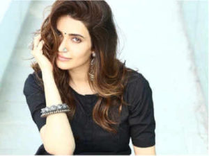 Karishma Tanna Instagram, Age, Height In Feet, Husband, Biography, Net Worth, Photos (images), Pic, Date Of Birth, Nominations, Wiki, Tattoo, Twitter, Birthday (34)