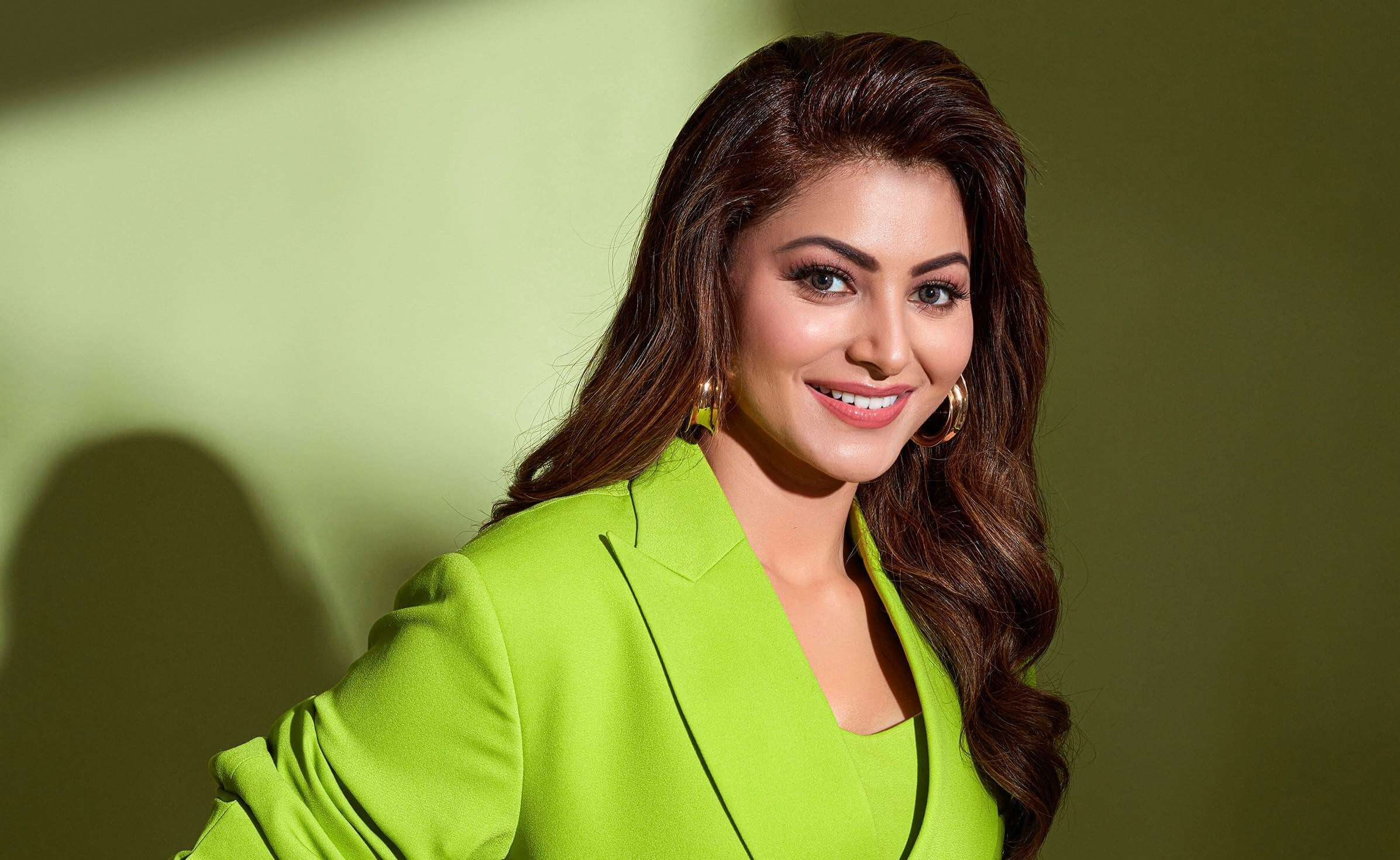 Urvashi Rautela Age, Height, Husband, Biography, Education, Full Details, Wallpaper, Birthday, Family, Net Worth, Awards, Insta, Facebook, Twitter, Wiki, Imdb, Website, Youtube (38)