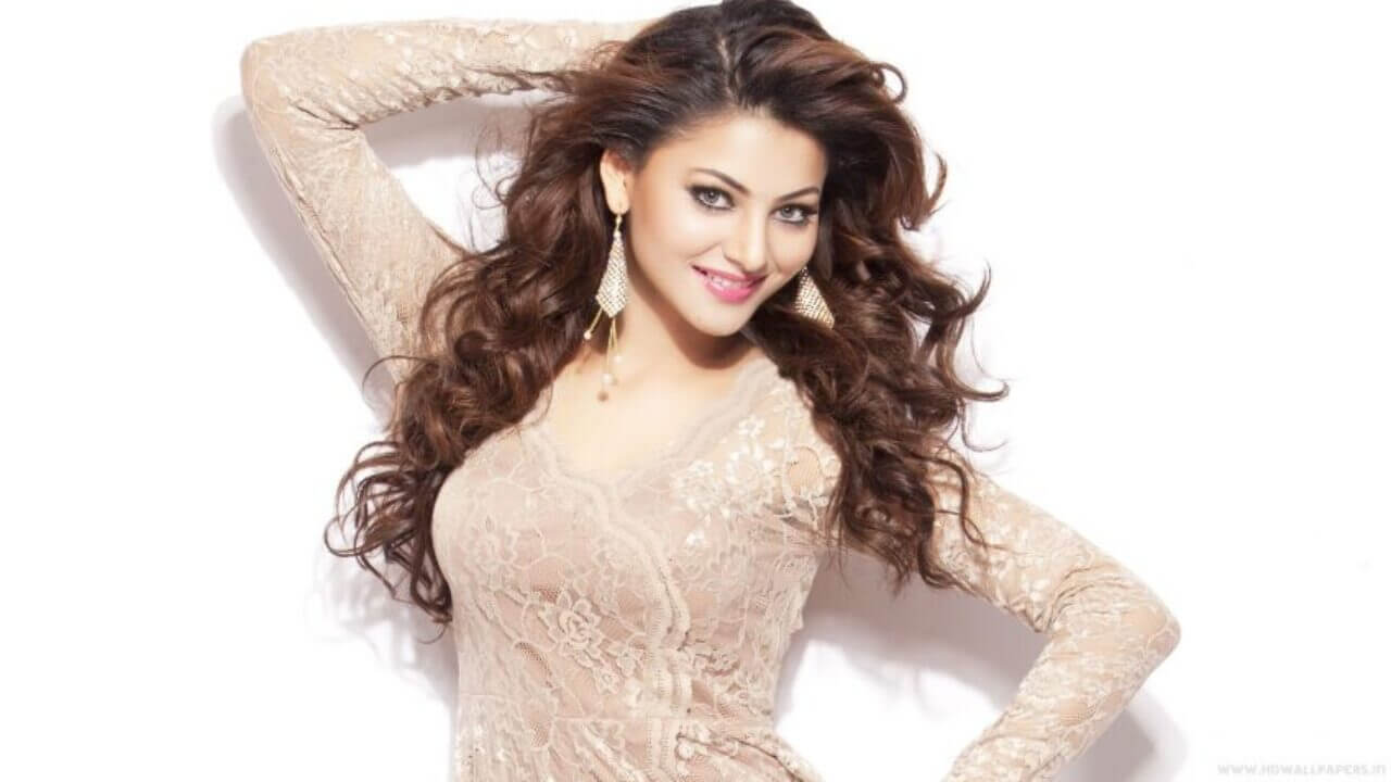 Urvashi Rautela Age, Height, Husband, Biography, Education, Full Details, Wallpaper, Birthday, Family, Net Worth, Awards, Insta, Facebook, Twitter, Wiki, Imdb, Website, Youtube (4)