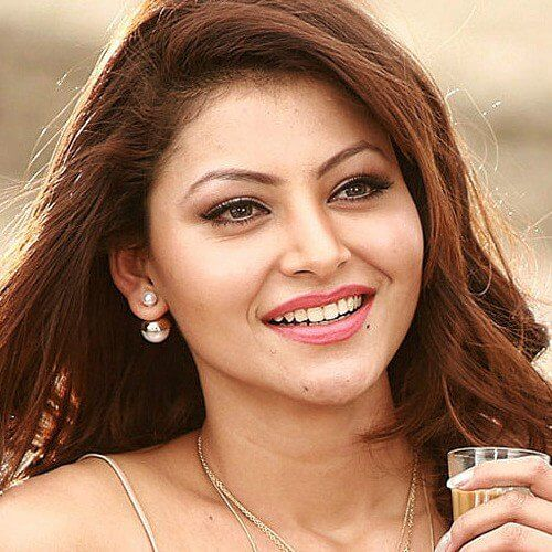 Urvashi Rautela Age, Height, Husband, Biography, Education, Full Details, Wallpaper, Birthday, Family, Net Worth, Awards, Insta, Facebook, Twitter, Wiki, Imdb, Website, Youtube (52)