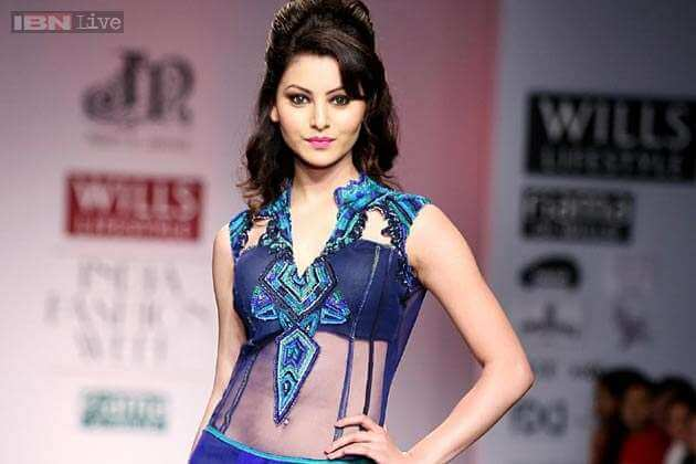 Urvashi Rautela Age, Height, Husband, Biography, Education, Full Details, Wallpaper, Birthday, Family, Net Worth, Awards, Insta, Facebook, Twitter, Wiki, Imdb, Website, Youtube (53)