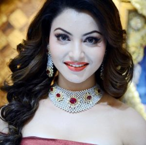 Urvashi Rautela Age, Height, Husband, Biography, Education, Full Details, Wallpaper, Birthday, Family, Net Worth, Awards, Insta, Facebook, Twitter, Wiki, Imdb, Website, Youtube (59)