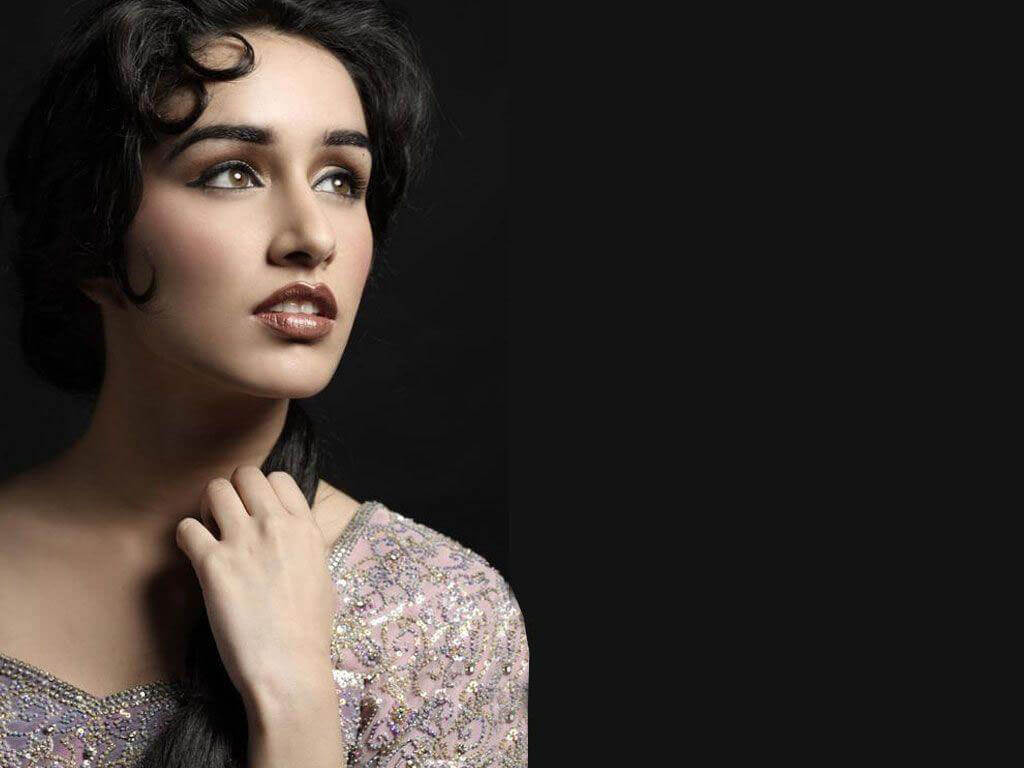 Shraddha Kapoor Age, Photos(images), Height, Mother, Family, Date Of Birth, Husband, Marriage, Net Worth, Biography, Awards, Instagram, Twitter, Facebook, Imdb, Wiki, Youtube, Website (33)