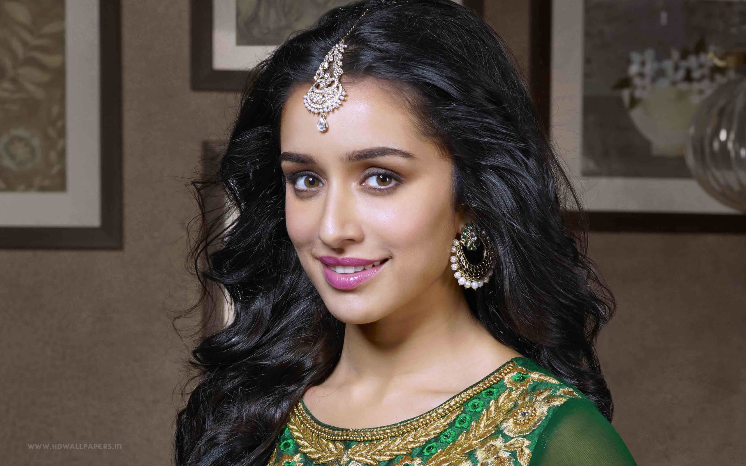 Shraddha Kapoor Age, Photos(images), Height, Mother, Family, Date Of Birth, Husband, Marriage, Net Worth, Biography, Awards, Instagram, Twitter, Facebook, Imdb, Wiki, Youtube, Website (50)