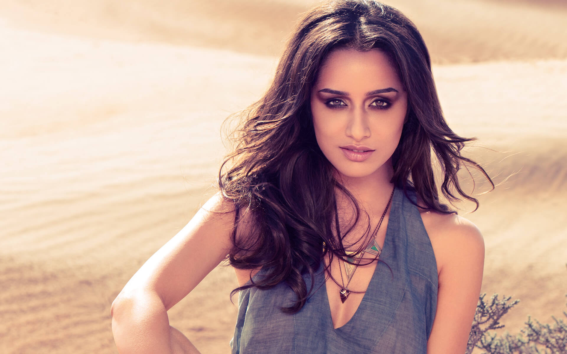 Shraddha Kapoor Age, Photos(images), Height, Mother, Family, Date Of Birth, Husband, Marriage, Net Worth, Biography, Awards, Instagram, Twitter, Facebook, Imdb, Wiki, Youtube, Website (72)