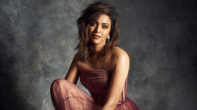 Swara Bhaskar twitter, instagram, imdb, wiki, Age, images, hot pics