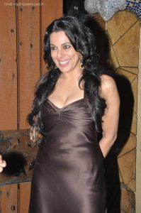 Pooja Bedi age, instagram, husband, wiki, facebook, net worth, date of birth (18)