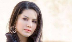Sunny Leone smile, latest news, age, wiki, imdb, instagram, twitter, birthday, net worth (11)