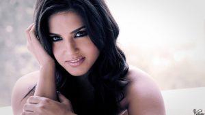 Sunny Leone smile, latest news, age, wiki, imdb, instagram, twitter, birthday, net worth (12)