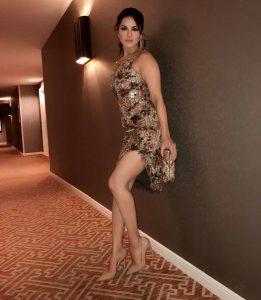 Sunny Leone smile, latest news, age, wiki, imdb, instagram, twitter, birthday, net worth (15)