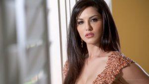 Sunny Leone smile, latest news, age, wiki, imdb, instagram, twitter, birthday, net worth (22)
