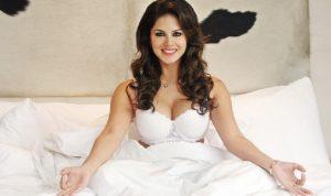 Sunny Leone smile, latest news, age, wiki, imdb, instagram, twitter, birthday, net worth (6)