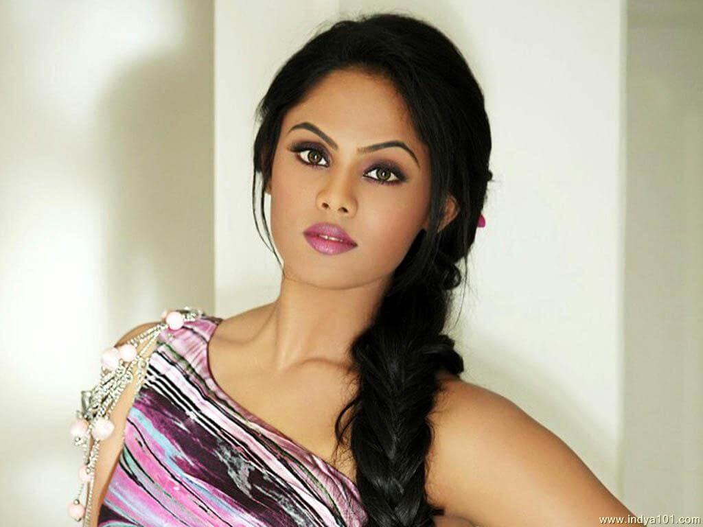 Karthika Nair age, photos(images), height, twitter, facebook, wiki, biography, date of birth, imdb