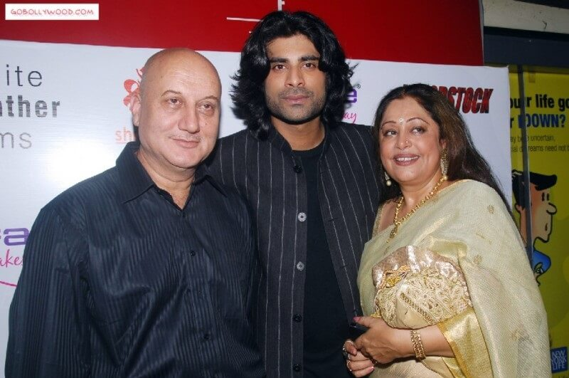 Kirron Kher age, husband, son, twitter, family, biography, wiki, family, images