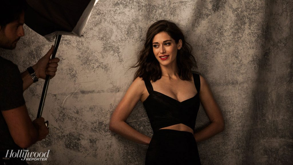 Lizzy Caplan Instagram, Imdb, Net Worth, Wiki, Twitter, Photos, Facebook, Youtube, Biography, Height, Age, Masters Of Sex, Hot Images (12)