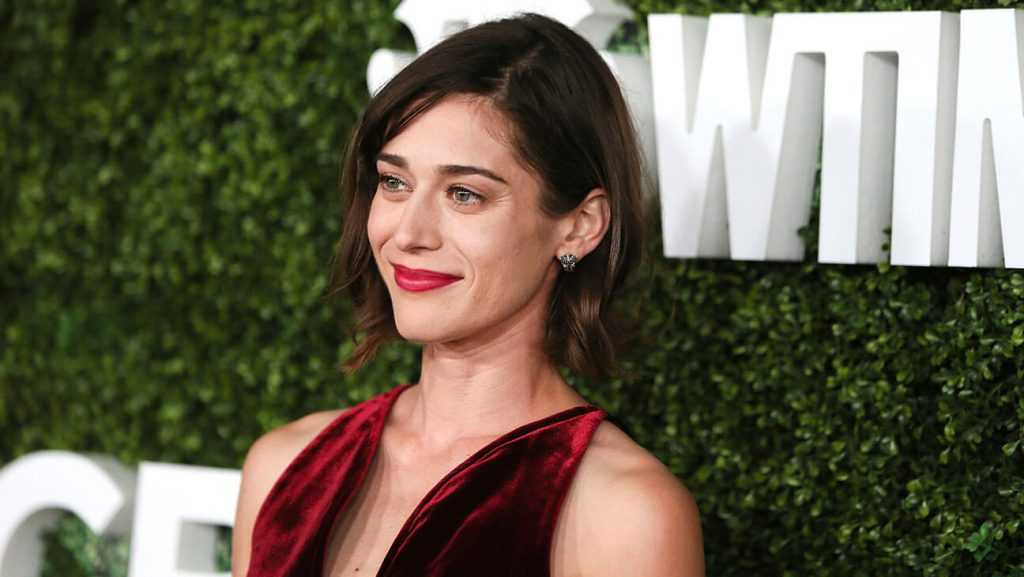 Lizzy Caplan Instagram, Imdb, Net Worth, Wiki, Twitter, Photos, Facebook, Youtube, Biography, Height, Age, Masters Of Sex, Hot Images (14)