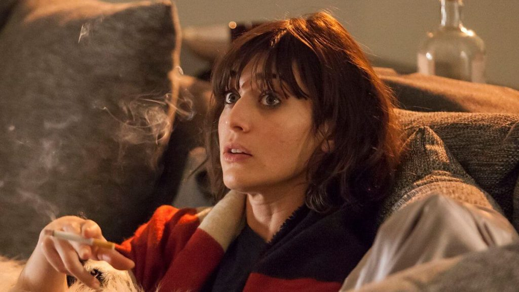 Lizzy Caplan Instagram, Imdb, Net Worth, Wiki, Twitter, Photos, Facebook, Youtube, Biography, Height, Age, Masters Of Sex, Hot Images (21)