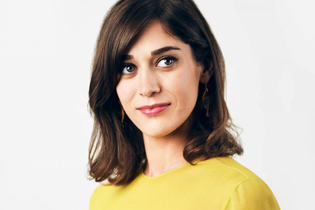 Lizzy Caplan Instagram, Imdb, Net Worth, Wiki, Twitter, Photos, Facebook, Youtube, Biography, Height, Age, Masters Of Sex, Hot Images (22)