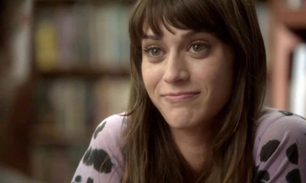Lizzy Caplan Instagram, Imdb, Net Worth, Wiki, Twitter, Photos, Facebook, Youtube, Biography, Height, Age, Masters Of Sex, Hot Images (24)
