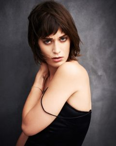 Lizzy Caplan Instagram, Imdb, Net Worth, Wiki, Twitter, Photos, Facebook, Youtube, Biography, Height, Age, Masters Of Sex, Hot Images (31)