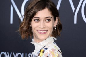 Lizzy Caplan Instagram, Imdb, Net Worth, Wiki, Twitter, Photos, Facebook, Youtube, Biography, Height, Age, Masters Of Sex, Hot Images (34)