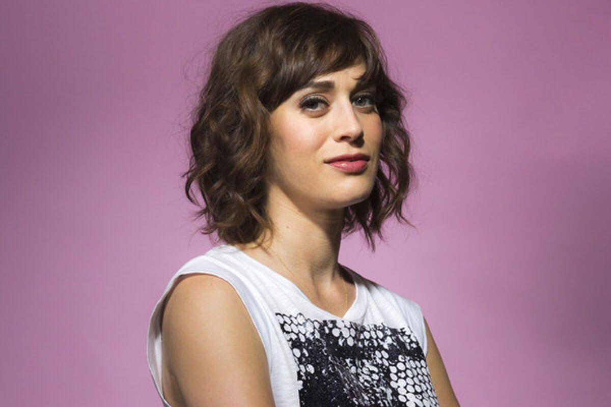 Lizzy Caplan Instagram, Imdb, Net Worth, Wiki, Twitter, Photos, Facebook, Youtube, Biography, Height, Age, Masters Of Sex, Hot Images (41)