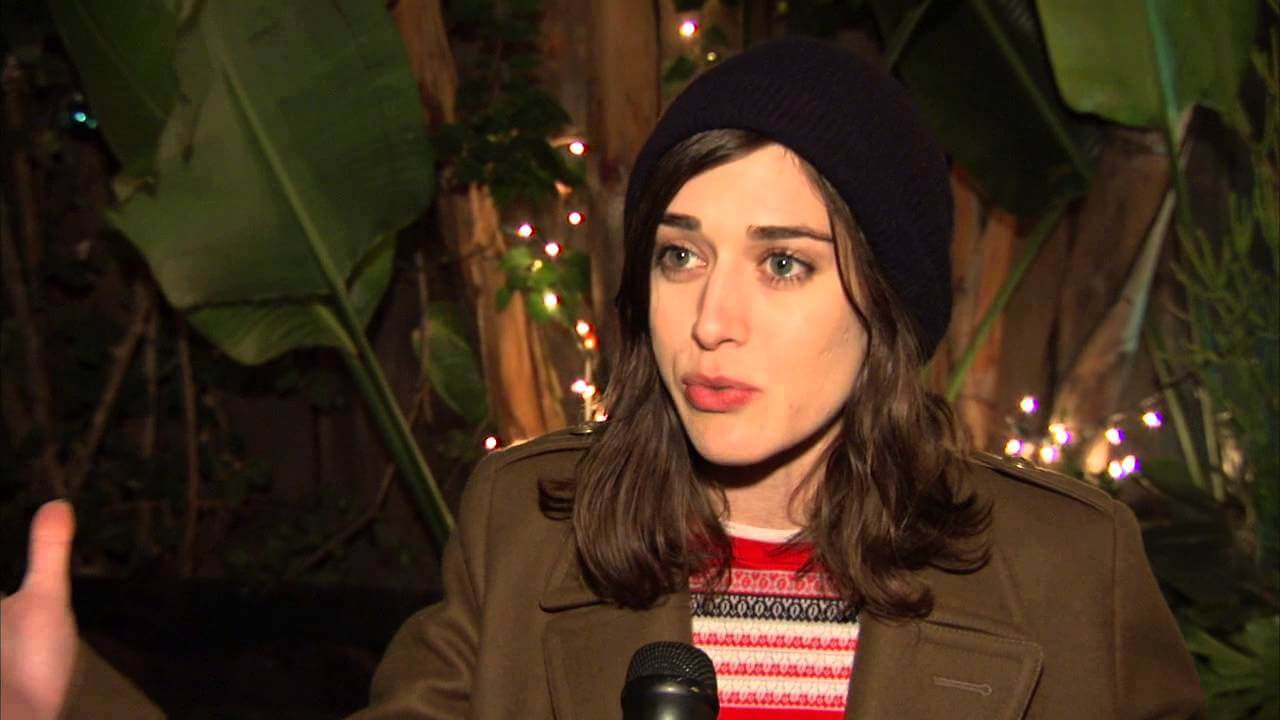 Lizzy Caplan Instagram, Imdb, Net Worth, Wiki, Twitter, Photos, Facebook, Youtube, Biography, Height, Age, Masters Of Sex, Hot Images (42)