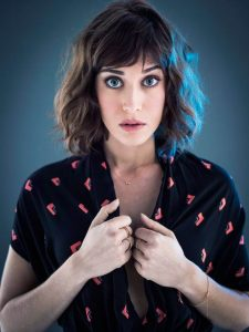 Lizzy Caplan Instagram, Imdb, Net Worth, Wiki, Twitter, Photos, Facebook, Youtube, Biography, Height, Age, Masters Of Sex, Hot Images (48)