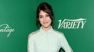 Lizzy Caplan Instagram, Imdb, Net Worth, Wiki, Twitter, Photos, Facebook, Youtube, Biography, Height, Age, Masters Of Sex, Hot Images (52)