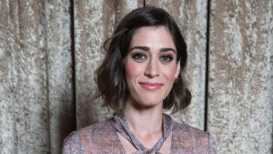 Lizzy Caplan Instagram, Imdb, Net Worth, Wiki, Twitter, Photos, Facebook, Youtube, Biography, Height, Age, Masters Of Sex, Hot Images (7)