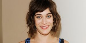 Lizzy Caplan Instagram, Imdb, Net Worth, Wiki, Twitter, Photos, Facebook, Youtube, Biography, Height, Age, Masters Of Sex, Hot Images (8)