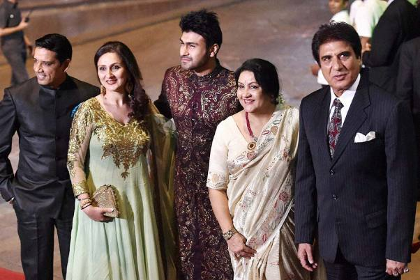 Raj Babbar Son, Age, Wife, Family, Biography, Images(photo), Wiki, Height, Net Worth