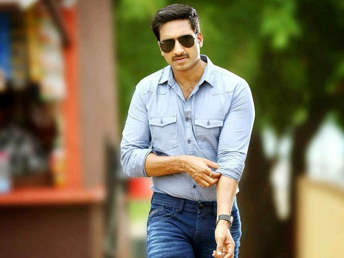 Tottempudi Gopichand | Tottempudi Gopichand age, wife, height, twitter, images, family, biography
